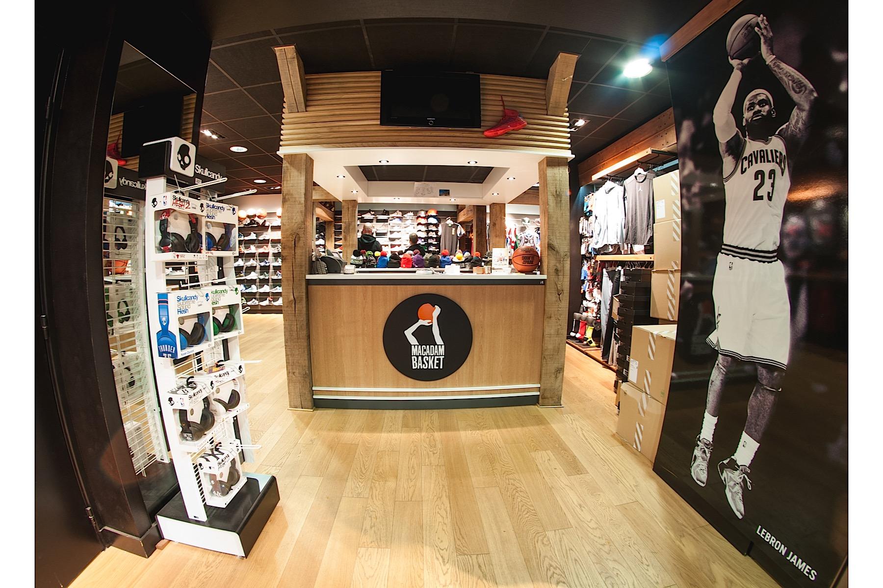 Macadam basket photo magasin architecture interieur for Interieur 05
